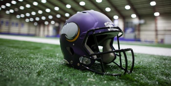 Vikings helmet_4